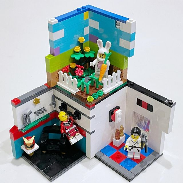 I was too busy (having a baby) to post these earlier in the week, but if I had, these are what I would have entered in the #legocmfhabitats challenge by @brickfambuilds #legohabitatstack #legohabitats #lego #afol
